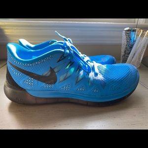 Nike Free 5.0 Bright Blue Sneakers